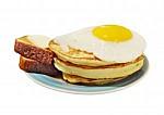 Центр семейного отдыха Фрегат - иконка «завтрак» в Барде